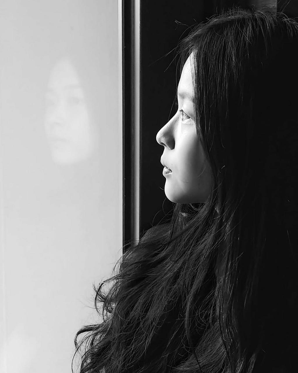 girl, thinking, lonely-4439116.jpg